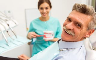 Parodontitis Behandlung Zahnarzt Ludwigsburg